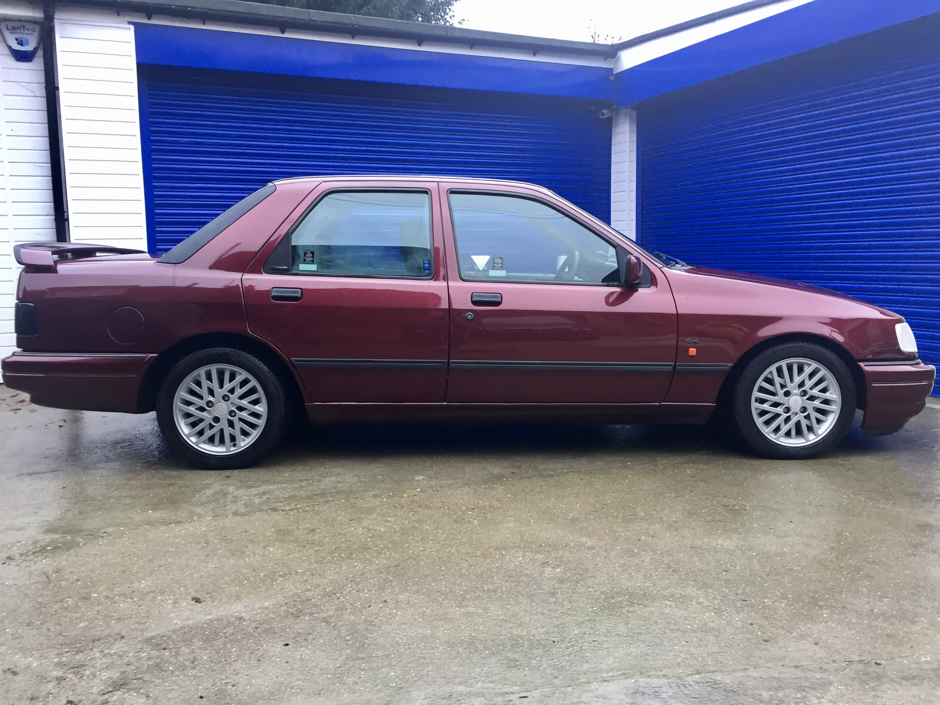 FORD SIERRA RS COSWORTH 4X4 1990 - Moto Cars